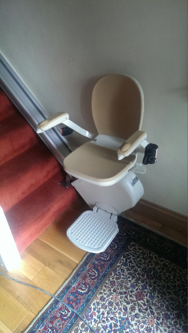 Great British Stairlifts Straight Acorn Stairlift